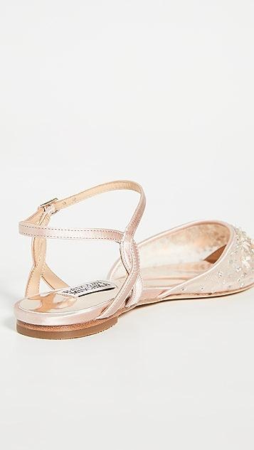 Badgley Mischka Carissa 平底鞋
