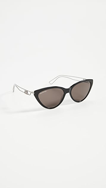 Balenciaga Inception 猫眼太阳镜