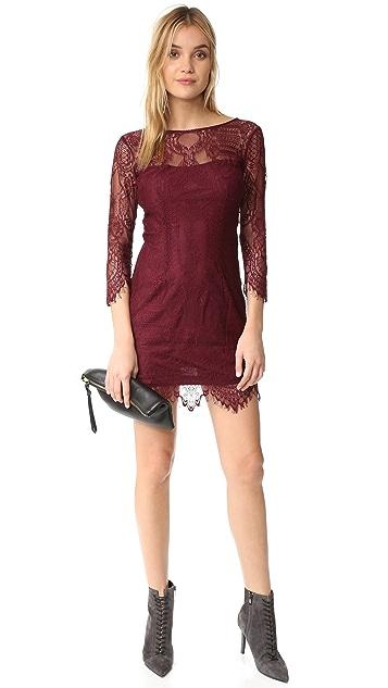 BB Dakota Everton V Back Lace Dress