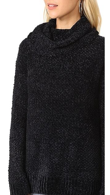 BB Dakota Lexington Turlteneck Sweater