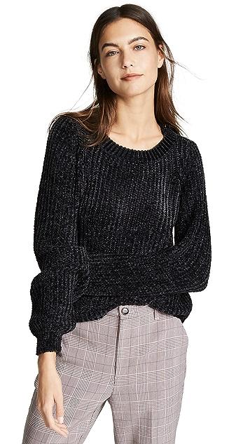 BB Dakota Smooth Sailing Sweater
