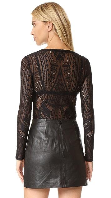BCBGMAXAZRIA Кружевная блуза
