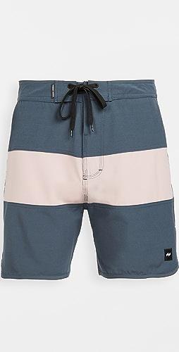 Banks Journal - Validate Shorts