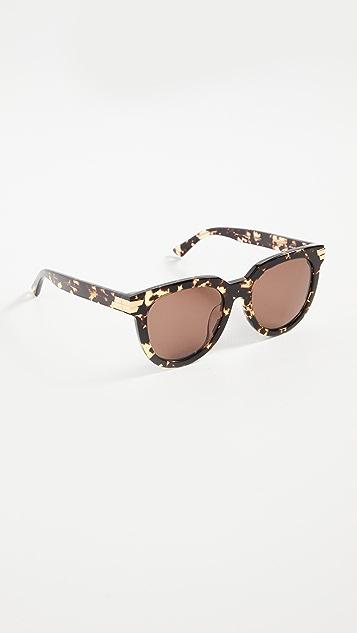 Bottega Veneta Feminine Round Acetate Sunglasses