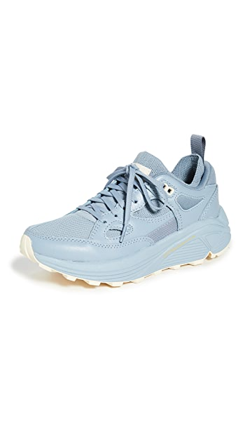 Brandblack Aura 130 运动鞋