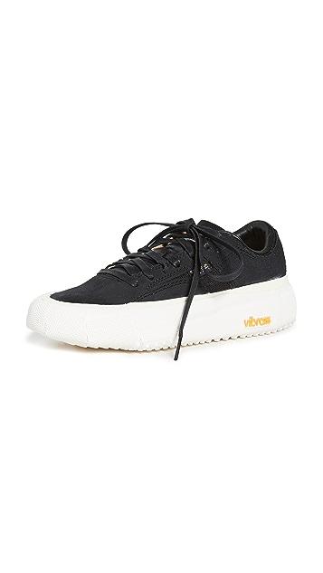 Brandblack Bravo Sneakers