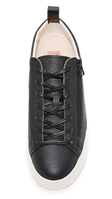 buddy Bull Terrier Low Zip Sneakers