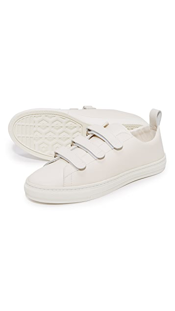 buddy Bull Terrier Low 3 Strap Sneakers