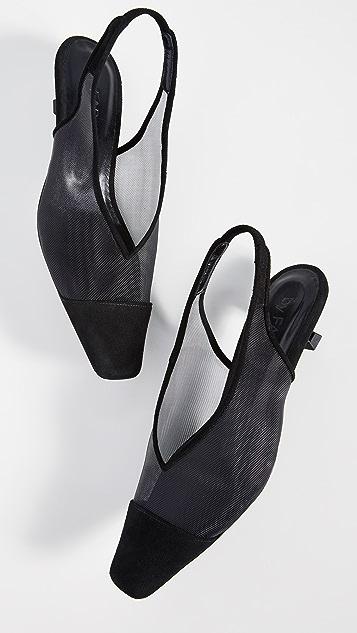 BY FAR Kendall 露跟鞋