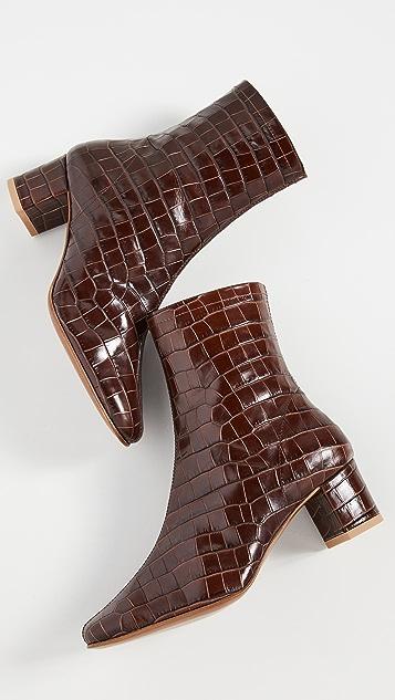 BY FAR Sofia 短靴