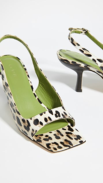 BY FAR Lopez 露趾鞋