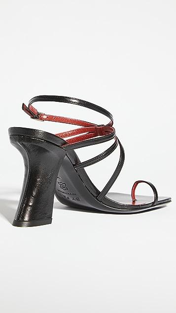 BY FAR Elsa 趾环凉鞋