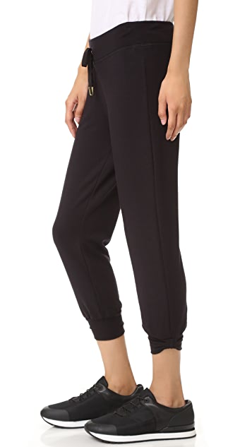 Beyond Yoga Kate Spade Relaxed Cropped Bow Sweatpants