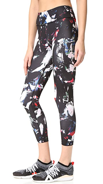 Beyond Yoga Lux Print Capri Leggings