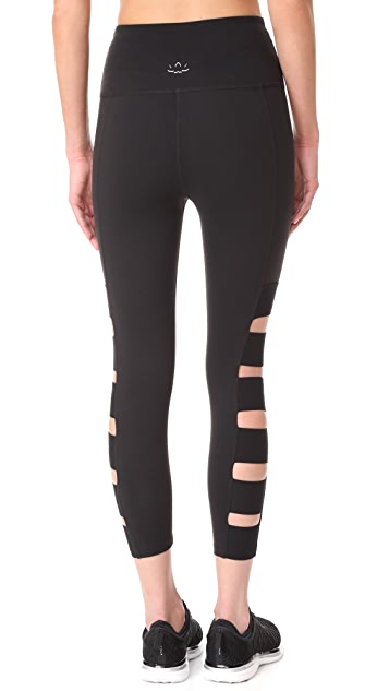 Beyond Yoga Wide Band Stacked Capri Leggings