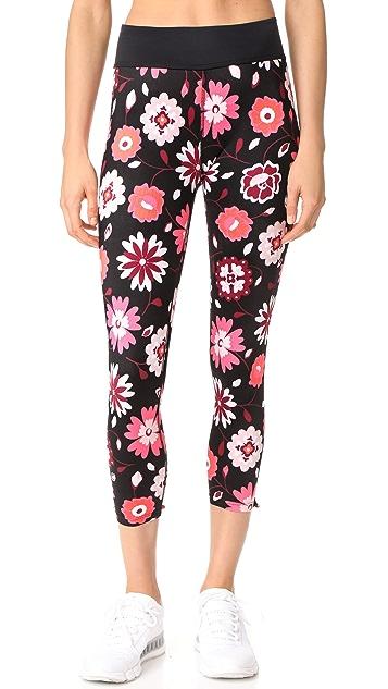 Beyond Yoga x Kate Spade New York Leaf Bow Capri Leggings