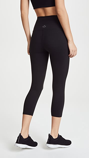 Beyond Yoga Core High Waisted Capri Leggings