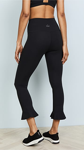 Beyond Yoga Frill Seeker Leggings