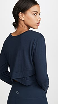 Back Out Cropped Pullover Tee
