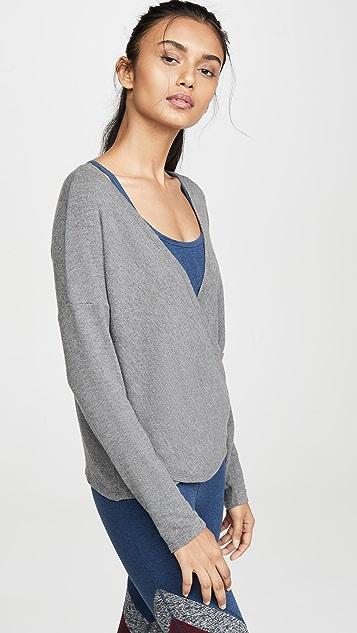 Beyond Yoga Пуловер с ворсованной спинкой