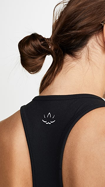Beyond Yoga Майка со спиной-борцовкой Latitude