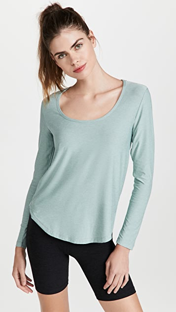 Beyond Yoga Scooped Long Sleeve Pullover