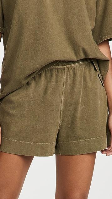 Beyond Yoga Sweat Set 男友风格短裤