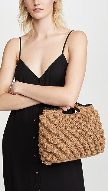 Caterina Bertini Плетеная объемная сумка с короткими ручками