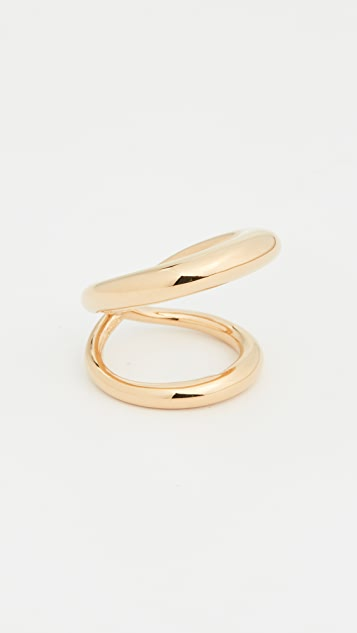 Charlotte Chesnais Suma Ring
