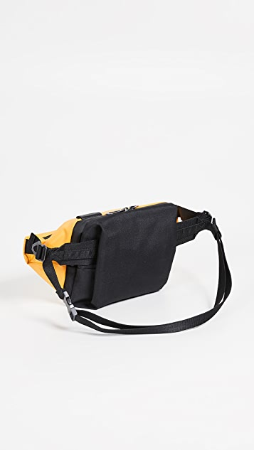 Cote & Ciel Isarau Small Messenger Bag