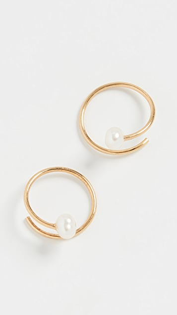 Chan Luu 珍珠金圈式耳环