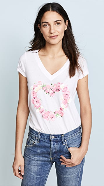 Chaser Bouquet Heart Tee