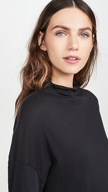 Chaser 轻薄棉质短款蝙蝠 T 恤