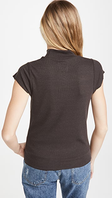 Chaser 罗纹小肩袖半高领 T 恤