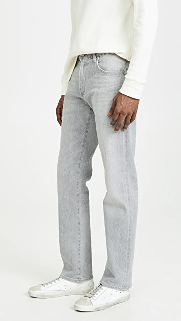 Citizens of Humanity Gage Classic Straight Jeans in Pavement Wash