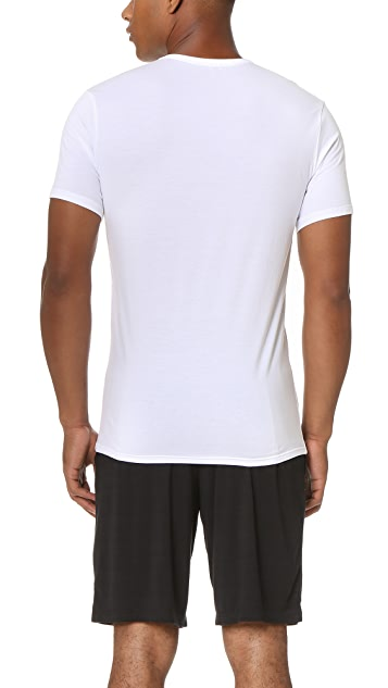 Calvin Klein Underwear Liquid Stretch Short Sleeve Untuckable Crew Tee