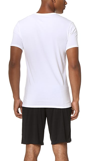Calvin Klein Underwear Liquid Stretch Short Sleeve Untuckable V Neck Tee