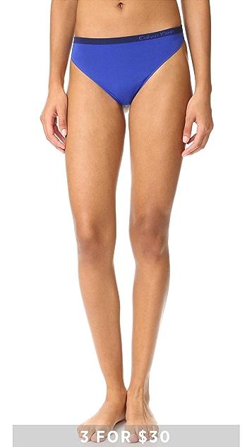 Calvin Klein Underwear Pure Seamless Thong