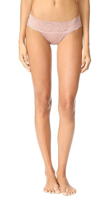 Calvin Klein Underwear Seductive Comfort with Lace Bikini