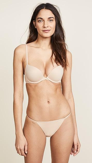 Calvin Klein Underwear Sleek Model Thong