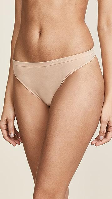 Calvin Klein Underwear 纯色无接缝丁字裤