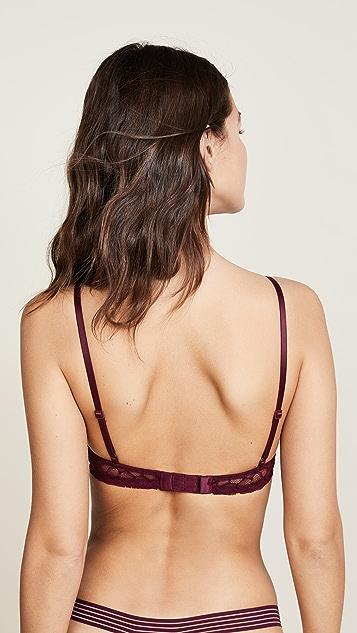 Calvin Klein Underwear Vixen Lightly Lined Plunge Underwire Bra
