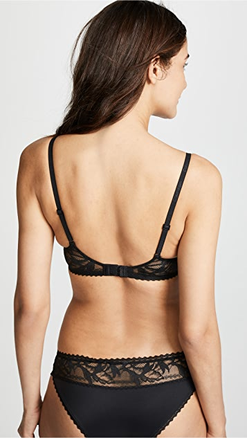 Calvin Klein 钢托文胸 Perfectly Fit Perennial 轻微加衬低 V 文胸