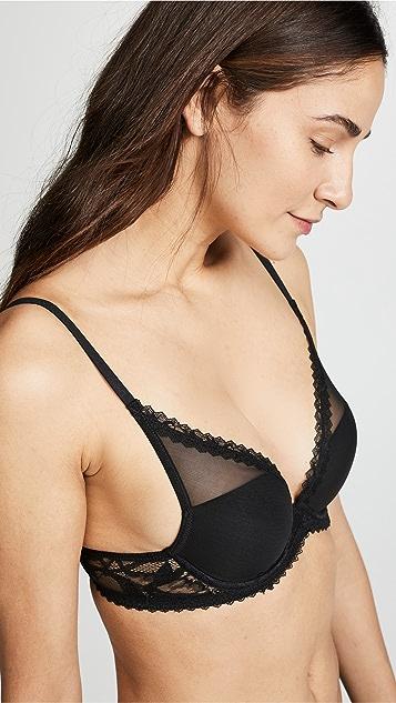 Calvin Klein Underwear Perfectly Fit Perennial 轻微加衬低 V 文胸