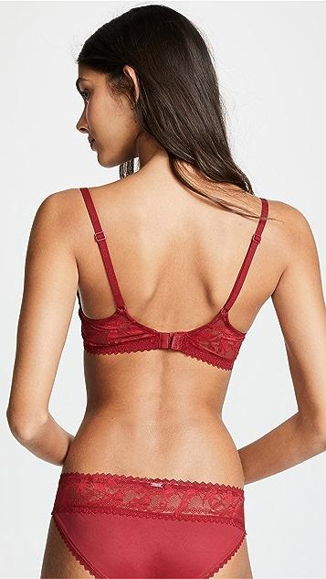 Calvin Klein Underwear Perfectly Fit Lightly Lined Plunge Bra