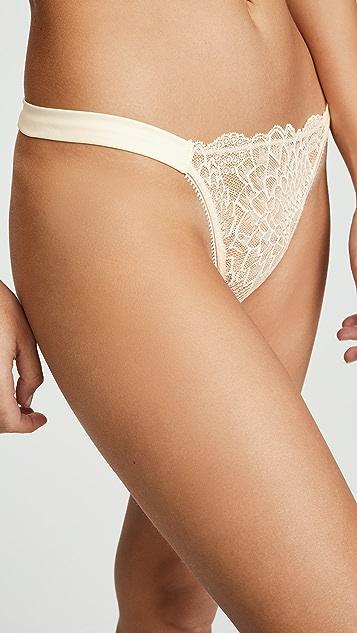 Calvin Klein Underwear Трусики-танга CK Black Fan с цветочным рисунком