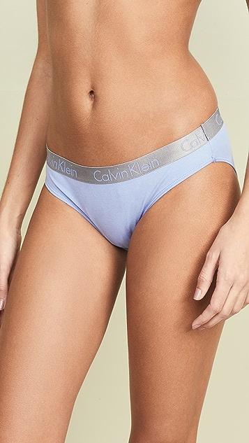 Calvin Klein Underwear Комплект из трех пар блестящих хлопковых трусиков-бикини