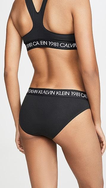 Calvin Klein Underwear Смелое бикини