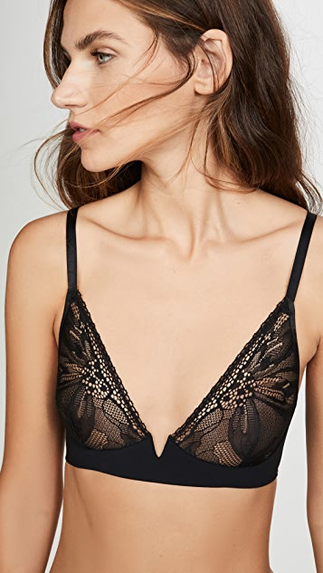 Calvin Klein Underwear Black Petal Lace Unlined Plunged Bra