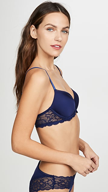 Calvin Klein Underwear Seductive Comfort Push Up Bra with Lace